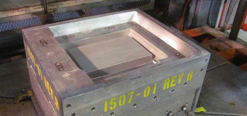 Temperature controlled alluminum tool for plastic thermoforming