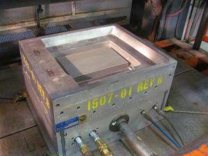 Plastic thermoforming temperature controlled aluminum tool